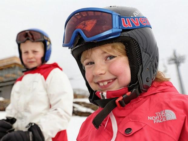 Kinder im Skiurlaub Garfrescha/Montafon in der Schweiz