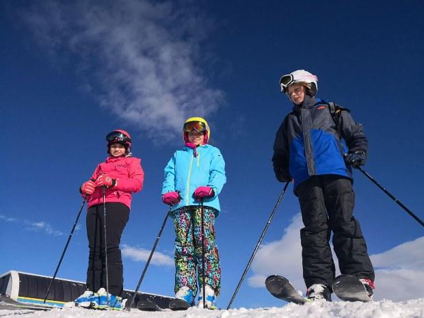 Warten auf den Skilehrer