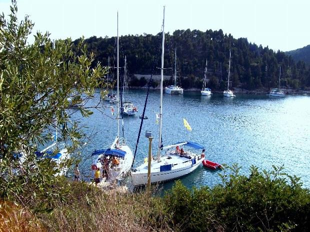 Segelhafen in einer Bucht vor Korfu