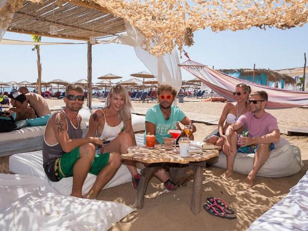 Strandbar  mit Cocktails