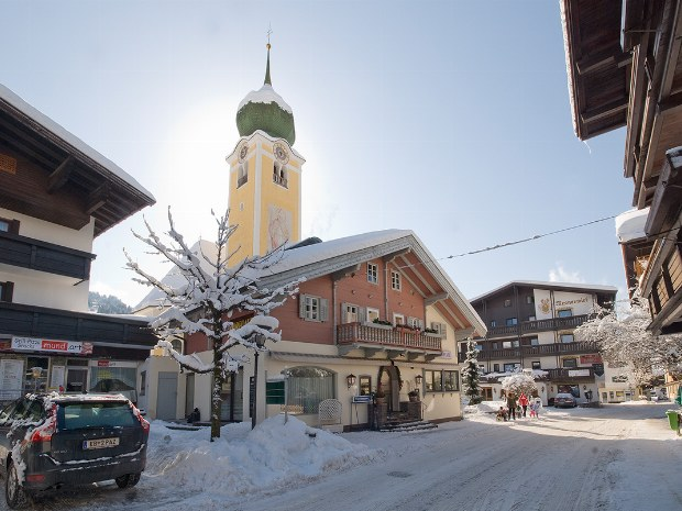 Ansicht des Ortes Westendorf im Familienskiurlaub Kitzbühel