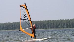 So schwierig ist Windsurfen nicht