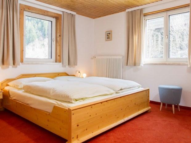 Zimmer im Arlberger Hof