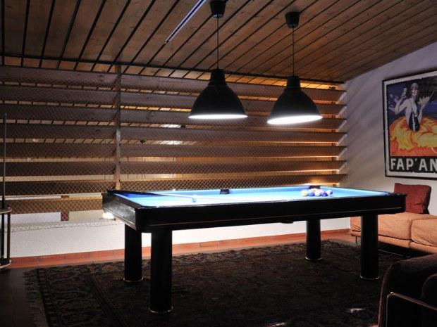 Billard-raum im Hotel Saanewald Lodge