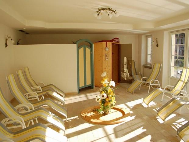 Entspannungsraum der Saunalandschaft im Skigebiet Bad Hofgastein
