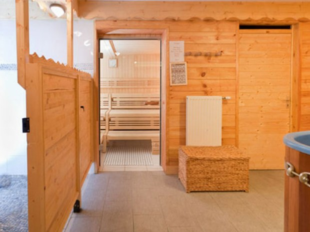 Sauna im Sportclub Les Fontanettes im Skiurlaub in Frankreich
