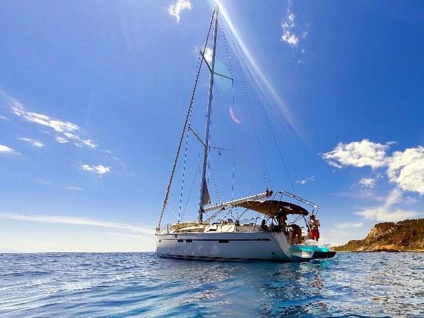 Segelschiff auf dem Ionischen Meer