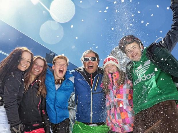 Erwachsene im Skiurlaub in Garfrescha/Montafon in der Schweiz
