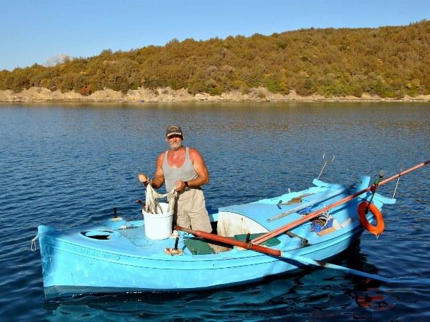 Angelboot auf dem Ionischen Meer