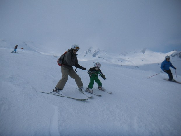 Skifahren für Erwachsene und Kinder gemeinsam im Skigebiet Bad Hofgastein