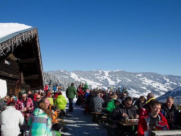 Skihütte in Saalbach-Hinterglemm im Skiurlaub in Österreich