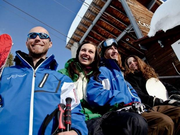 Skifahrer im Skigebiet Flims-Laax im Skiurlaub in der Schweiz