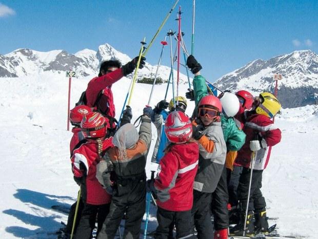 Motivation im Kinderskikurs in Montafon in der Schweiz