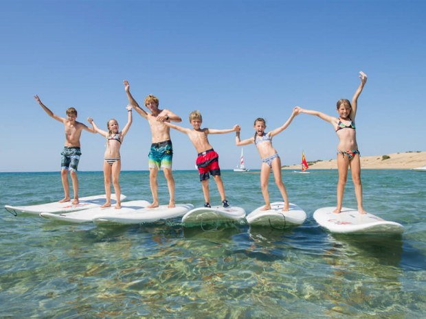 Kinder surfen